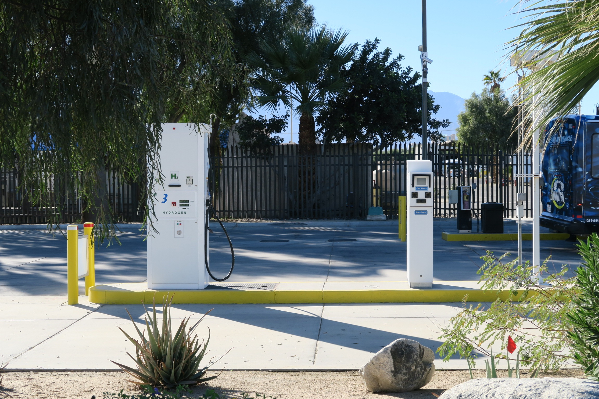 H2 fueling station Sunline facilities in California
