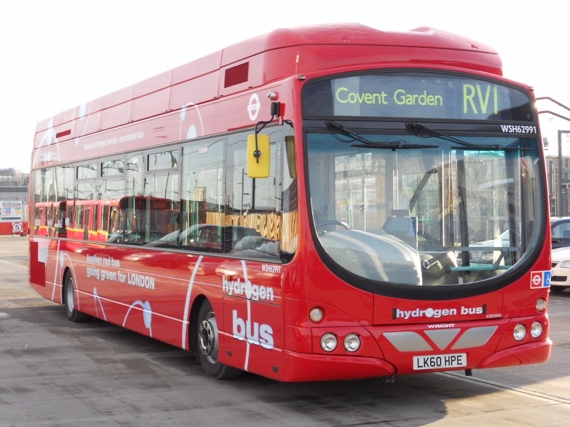 London hydrogen-powered fuel cell bus
