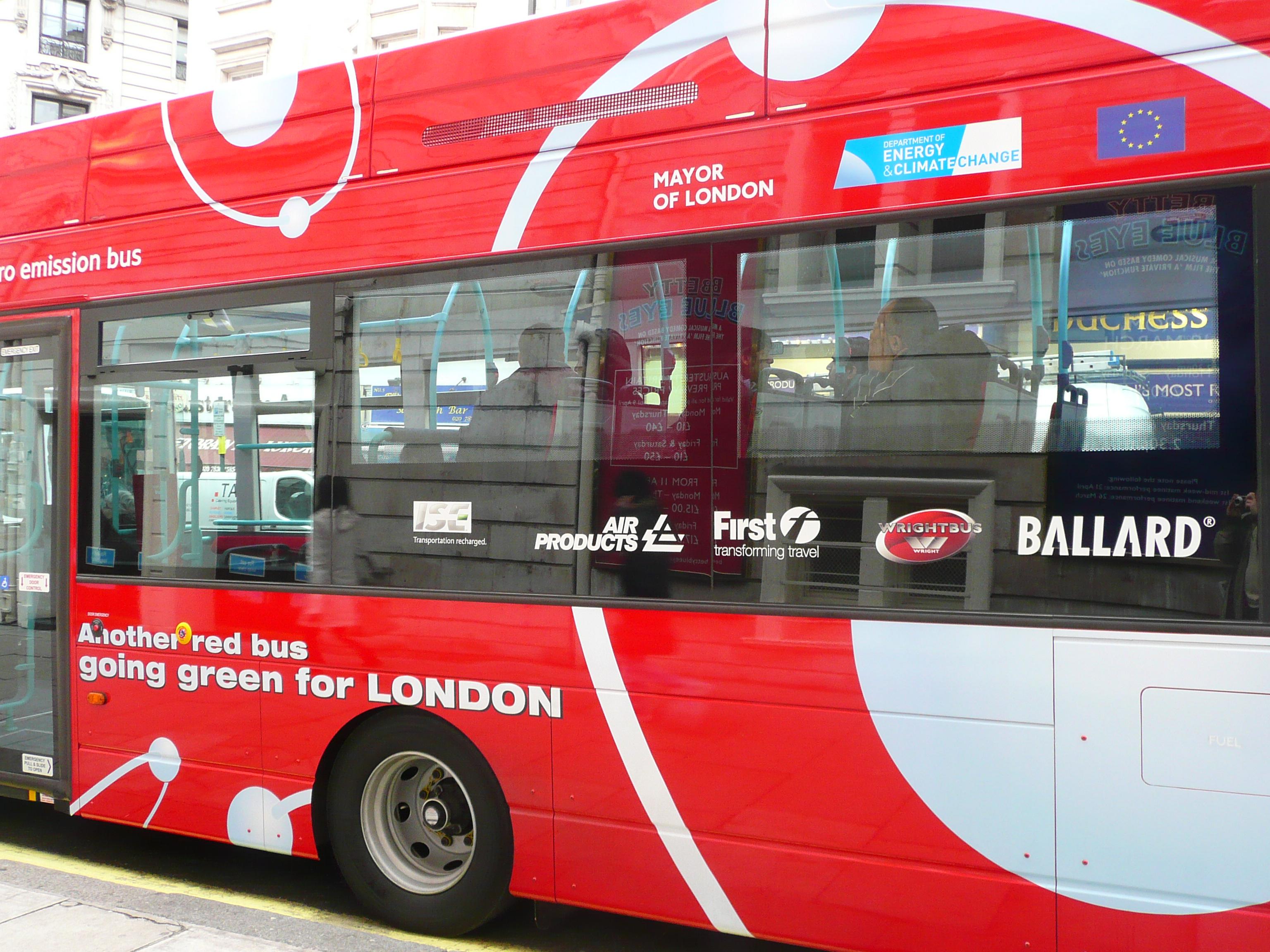 Ballard-fuel-cell-bus-London.jpg